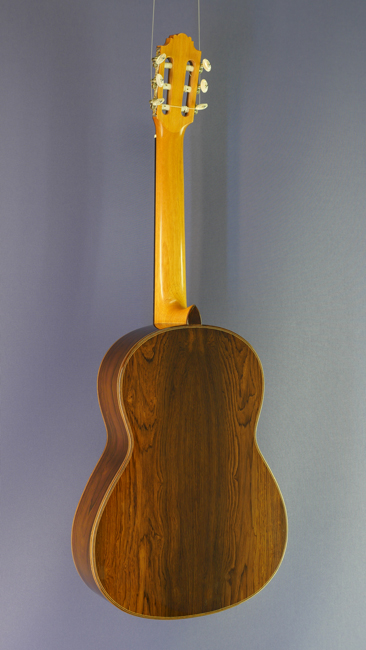 Luthier guitars fine handmade classical guitars by for Bernd martin