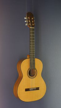 Classical Guitar Juan Aguilera, Model niña 61, 7/8-Guitar, scale 61 cm, with solid cedar top