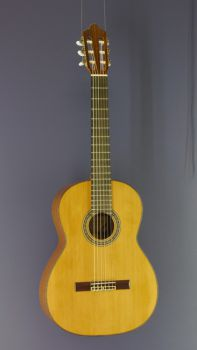 Classical Guitar Juan Aguilera, model Estudio 5, all solid Spanish guitar made of cedar and sapeli