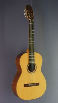 Classical Guitar Ricardo Moreno, model 2a cedar, Spanish Guitar with solid cedar top
